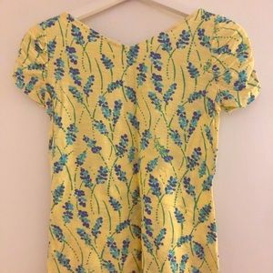 Yellow Lilly Pulitzer T-shirt